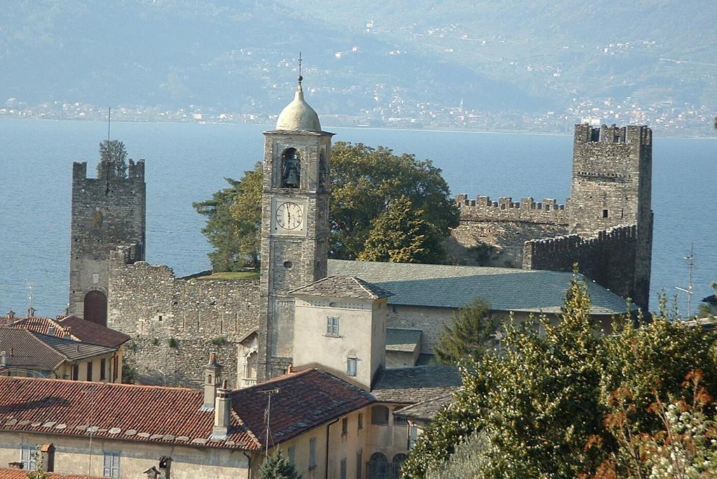 Corenno Plinio hamlet and castle