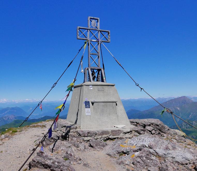Sul Pizzo Tre Signori dalla Val Biandino