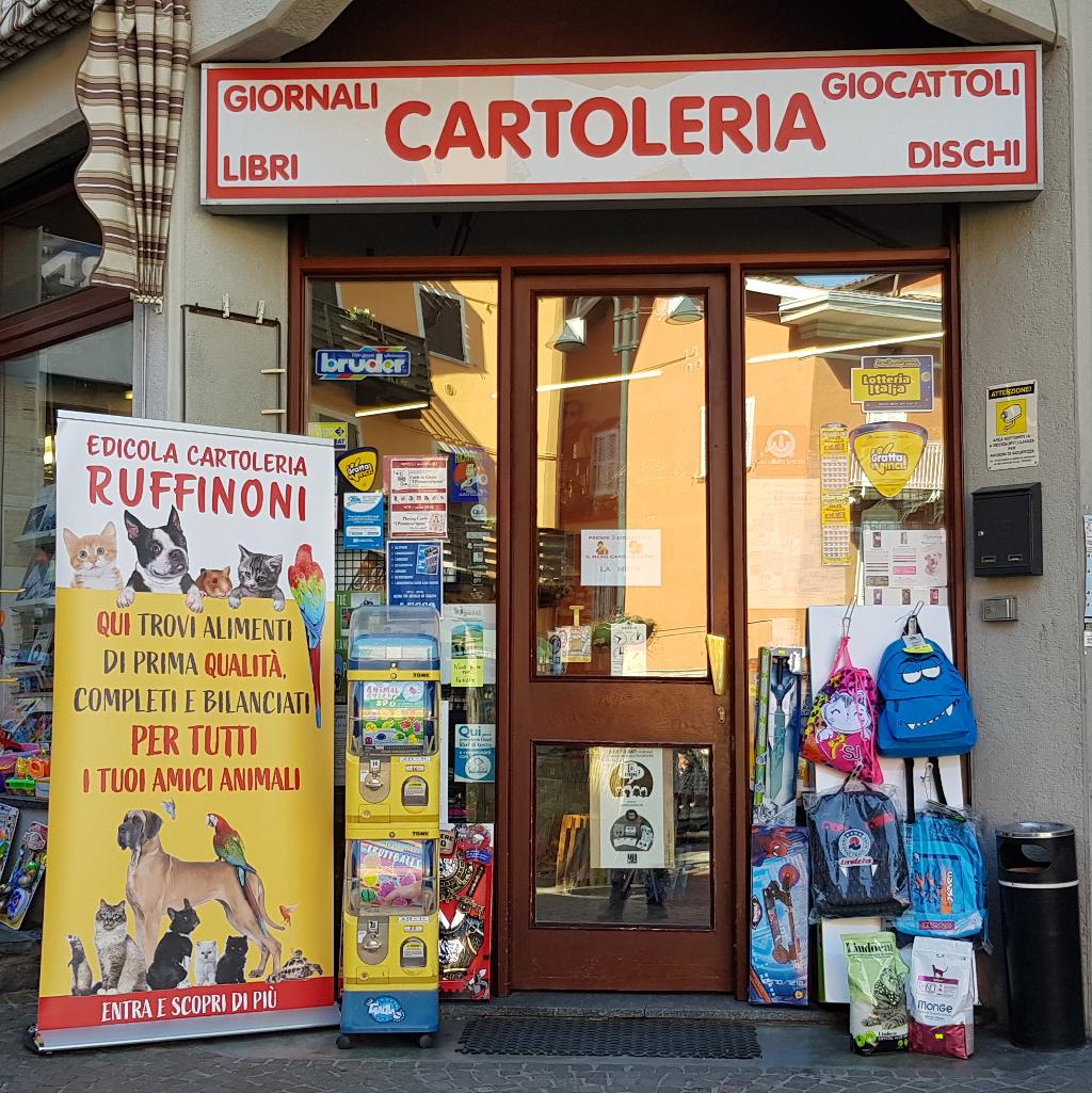 Edicola cartoleria Ruffinoni Pierluigi